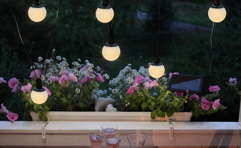 Lampy solarne - dlaczego warto wybrać to rozwiązanie?