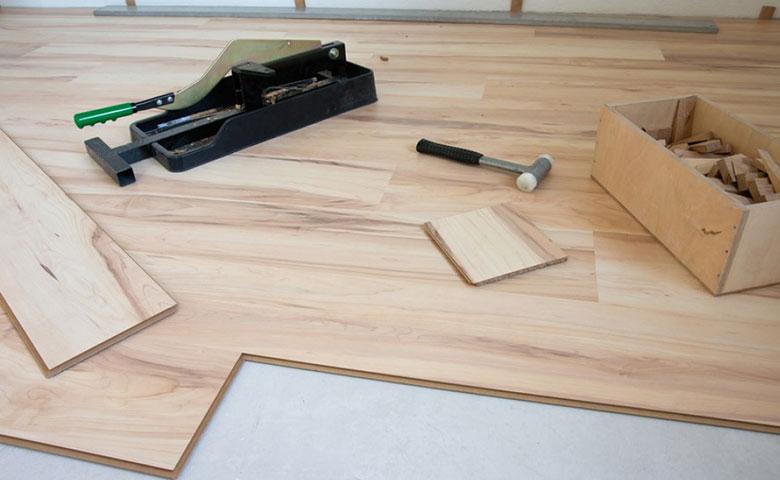 Jak samemu położyć panele podłogowe?