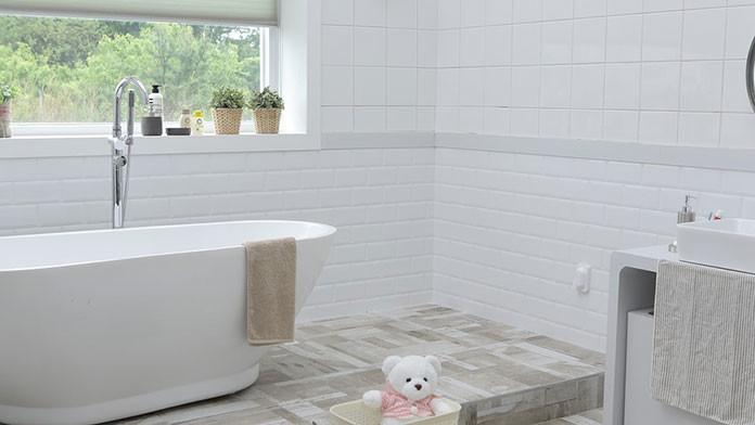 Płytki do łazienki – ich rodzaje i zastosowanie