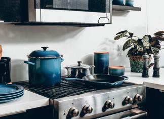 10 kuchennych gadżetów na praktyczny prezent – na parapetówkę i nie tylko